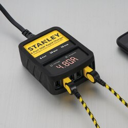 Stanley Tools - 50W Rapid USB Wall Chargerwith LED Readout - 1310811ST2