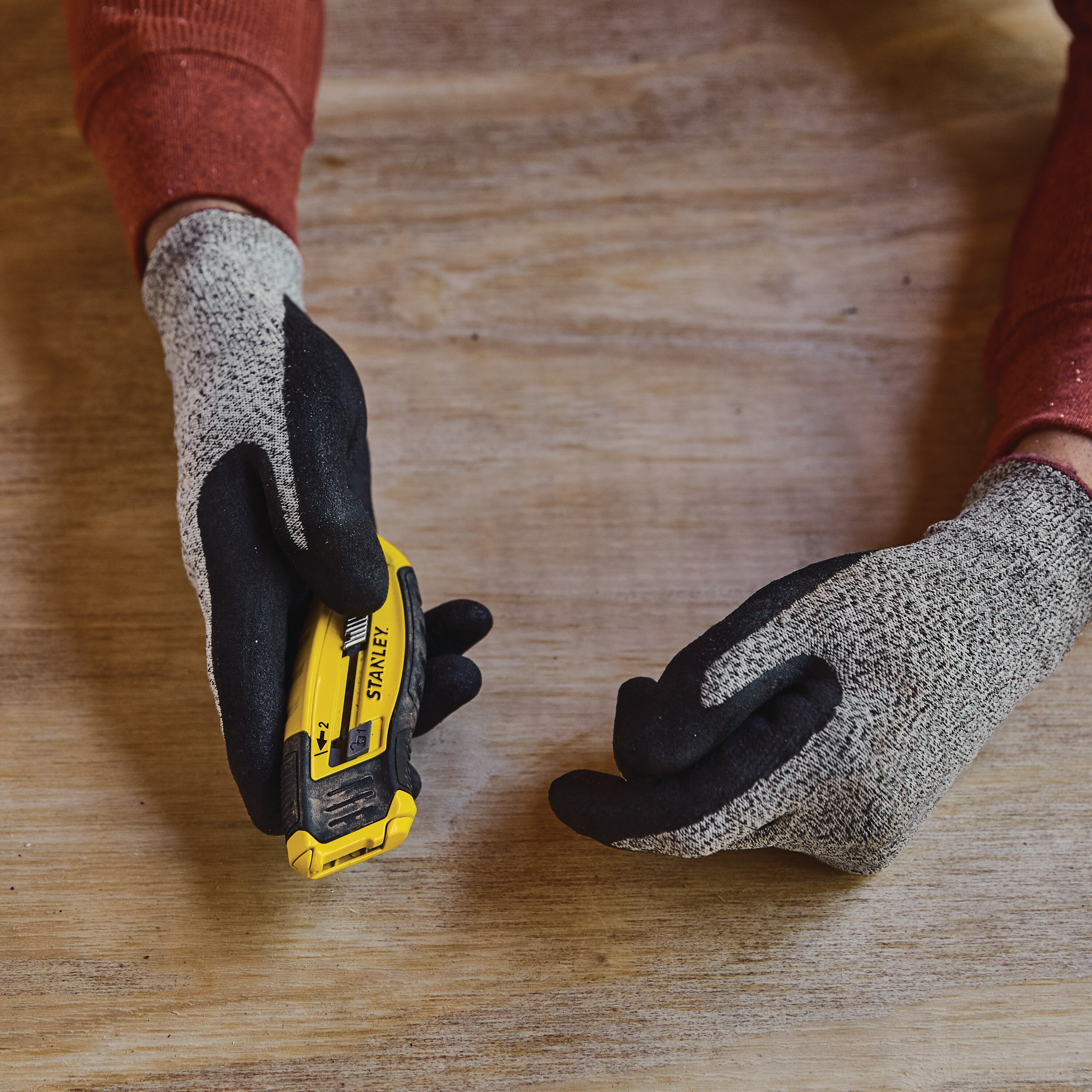 Stanley Tools - ControlGrip Retractable Utility Knife - STHT10432