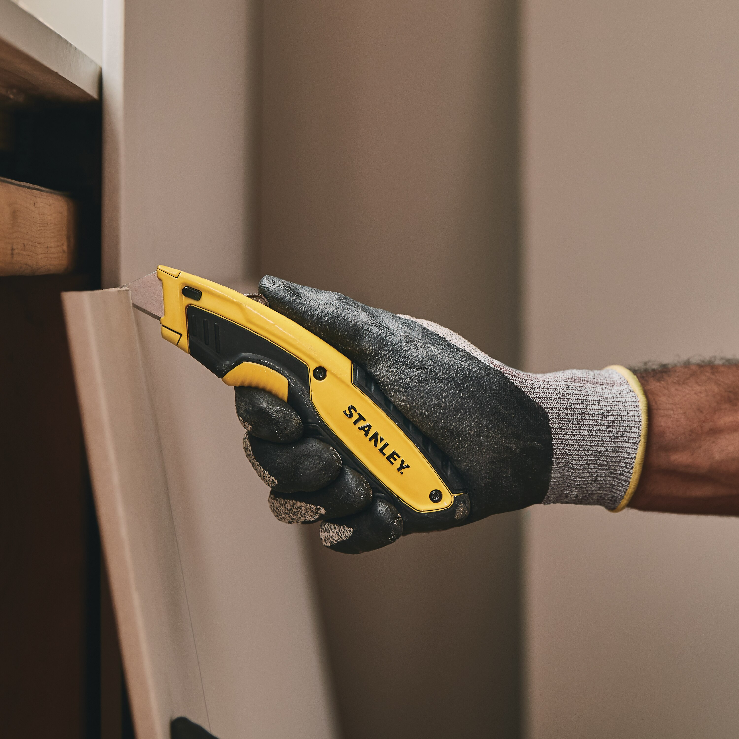 Stanley Tools - Retractable Utility Knife - STHT10479